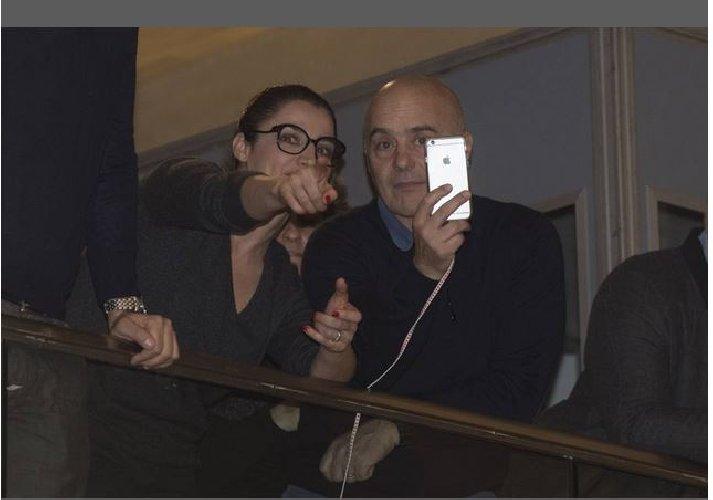https://www.ragusanews.com//immagini_articoli/06-03-2018/nicola-zingaretti-presidente-lazio-festeggiarlo-fratello-luca-500.jpg