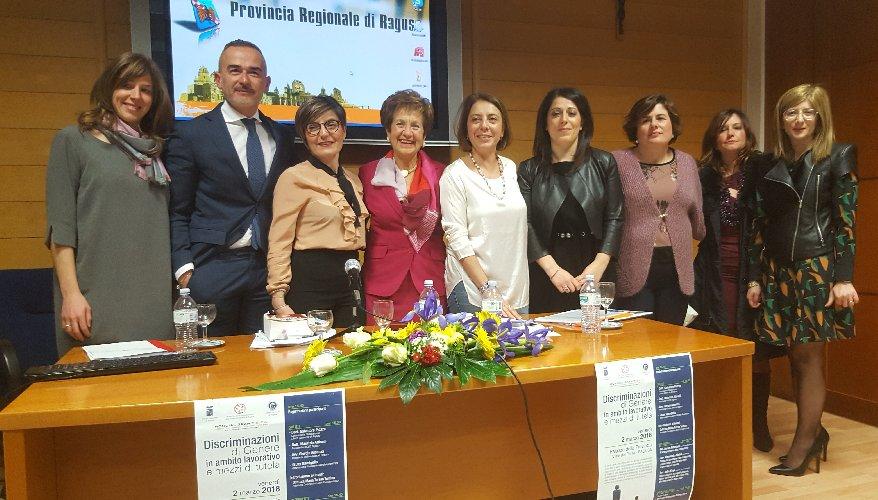 https://www.ragusanews.com//immagini_articoli/06-03-2018/ragusa-donna-lavoro-discriminata-500.jpg