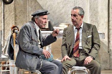 https://www.ragusanews.com//immagini_articoli/06-03-2019/1551893081-buccirosso-teatro-modica-1-240.jpg
