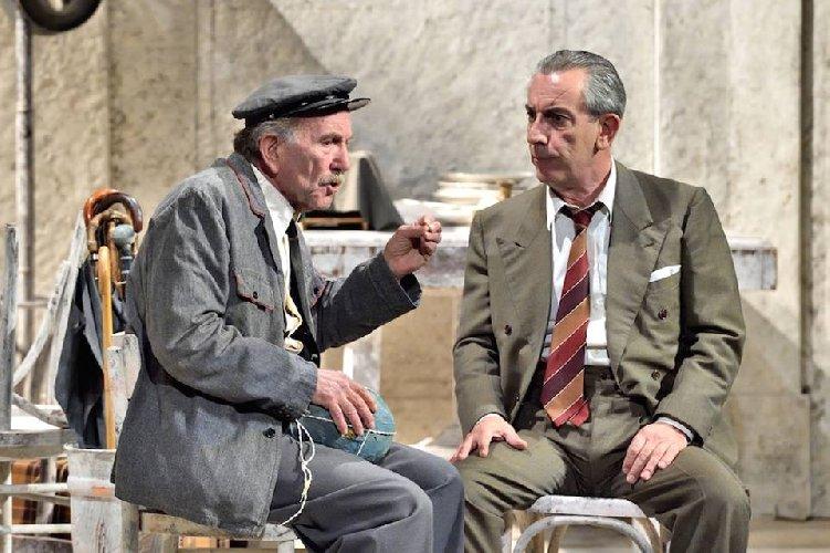 https://www.ragusanews.com//immagini_articoli/06-03-2019/1551893081-buccirosso-teatro-modica-1-500.jpg