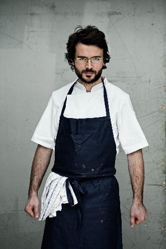 https://www.ragusanews.com//immagini_articoli/06-04-2017/christian-puglisi-chef-bravi-mondo-500.jpg