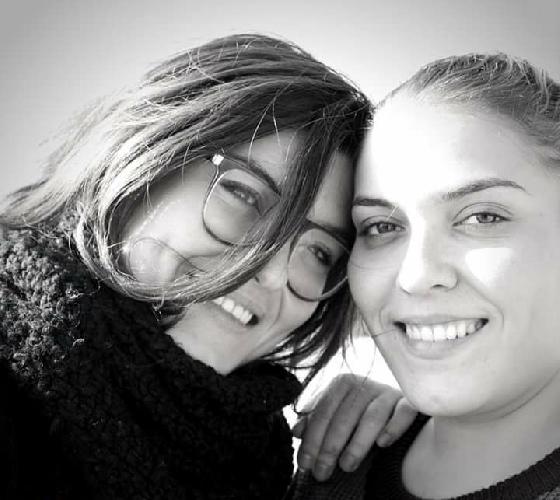 http://www.ragusanews.com//immagini_articoli/06-04-2017/sorelle-amiche-imprenditrici-regine-melanzane-500.jpg
