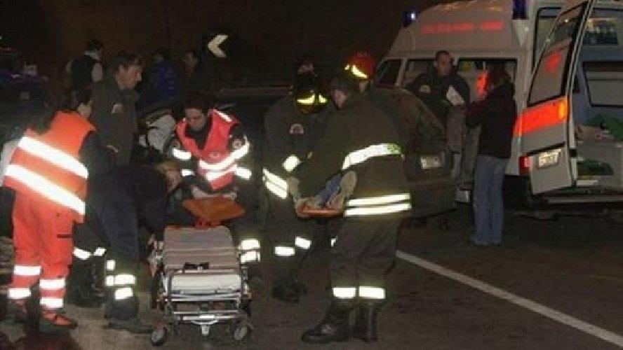 https://www.ragusanews.com//immagini_articoli/06-04-2018/grave-incidente-modica-marina-modica-500.jpg