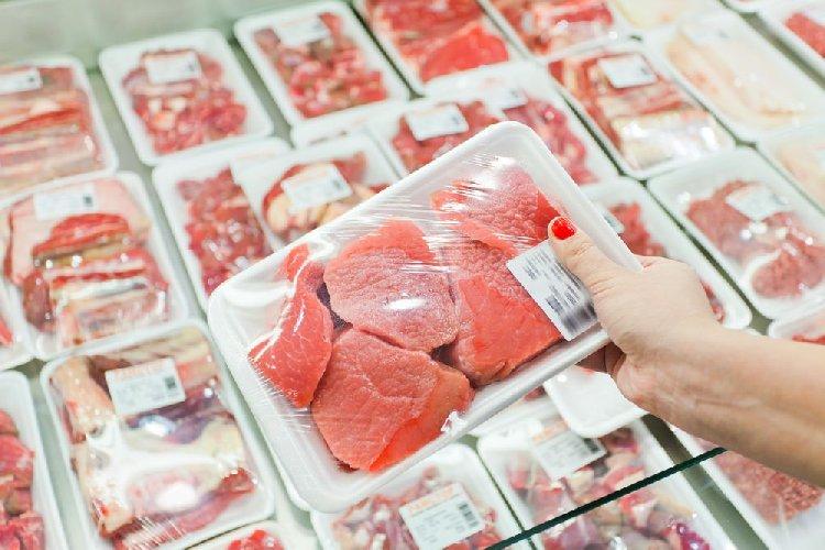 https://www.ragusanews.com//immagini_articoli/06-04-2018/risparmiare-siciliani-compra-cibo-prossimo-scadenza-500.jpg
