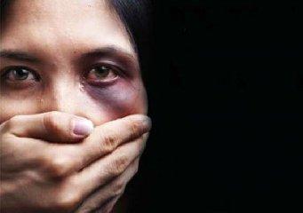 https://www.ragusanews.com//immagini_articoli/06-04-2020/i-lions-vicini-donne-vittime-di-violenza-domestica-240.jpg