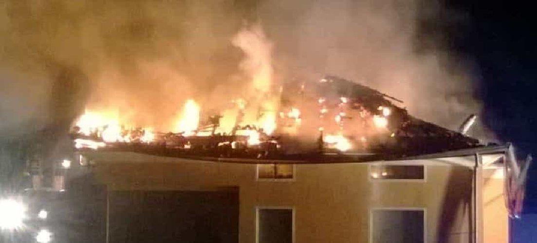 https://www.ragusanews.com//immagini_articoli/06-05-2019/catania-incendio-appartamento-playa-ci-sono-bimbi-dentro-500.jpg