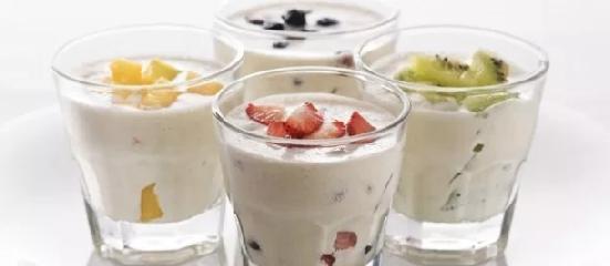 https://www.ragusanews.com//immagini_articoli/06-05-2019/la-dieta-yogurt-preparalo-in-casa-senza-yogurtiera-240.png