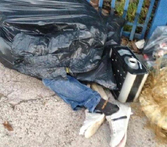 https://www.ragusanews.com//immagini_articoli/06-05-2021/cadavere-trovato-tra-i-rifiuti-a-vittoria-indagini-500.jpg