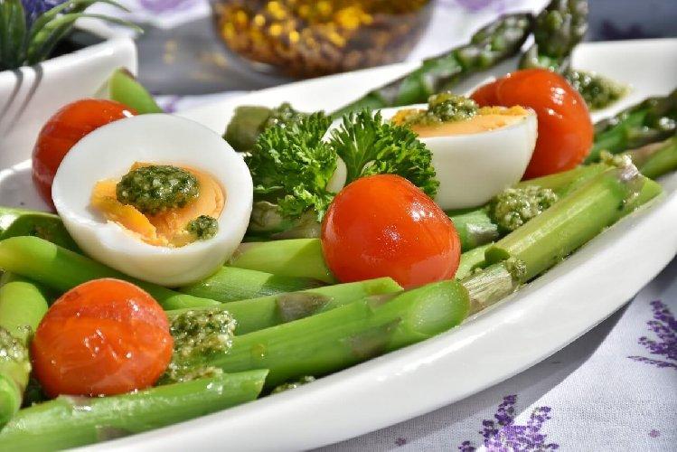 https://www.ragusanews.com//immagini_articoli/06-06-2019/avere-la-pancia-piatta-segui-la-dieta-a-zona-500.jpg