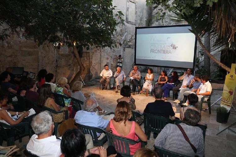 http://www.ragusanews.com//immagini_articoli/06-07-2017/cinema-frontiera-cortometraggi-500.jpg