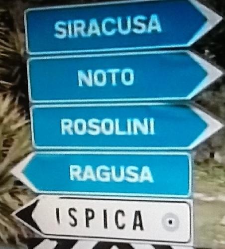 http://www.ragusanews.com//immagini_articoli/06-08-2014/grave-incidente-sulla-ispica-rosolini-500.jpg