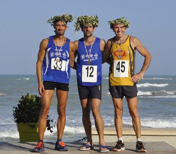 http://www.ragusanews.com//immagini_articoli/06-08-2015/maratona-alla-filippide-il-9-agosto-500.jpg