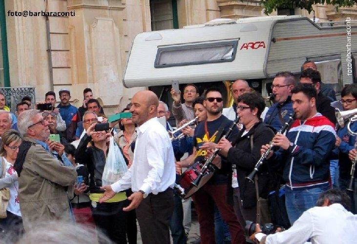 https://www.ragusanews.com//immagini_articoli/06-08-2019/i-funerali-di-alberto-sironi-in-umbria-il-7-agosto-500.jpg