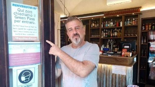 https://www.ragusanews.com//immagini_articoli/06-08-2021/green-pass-al-via-da-oggi-in-tutta-italia-ecco-come-cambia-la-nostra-vita-280.jpg
