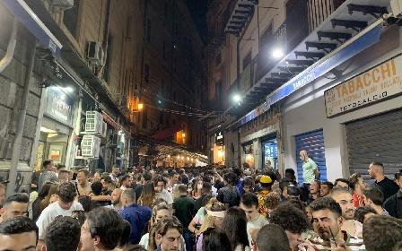 https://www.ragusanews.com//immagini_articoli/06-08-2021/sicilia-arriva-la-massa-e-il-weekend-dell-esodo-gli-effetti-a-settembre-280.jpg