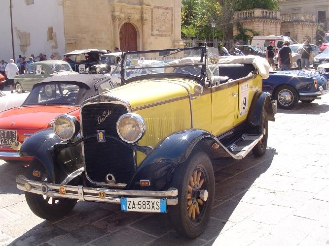 http://www.ragusanews.com//immagini_articoli/06-09-2014/la-de-soto-del-1928-all-autogiro-500.jpg