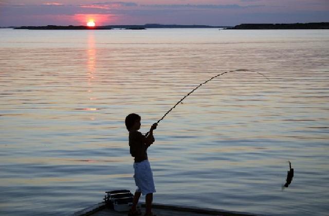 http://www.ragusanews.com//immagini_articoli/06-09-2016/modica-aderisce-al-gac-dei-due-mari-sostegno-alla-pesca-e-al-turismo-420.jpg