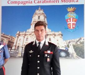 http://www.ragusanews.com//immagini_articoli/06-09-2017/cambio-guardia-compagnia-carabinieri-modica-240.jpg