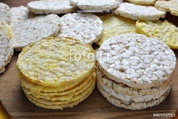 https://www.ragusanews.com//immagini_articoli/06-09-2018/gallette-mais-calorie-proprieta-240.jpg