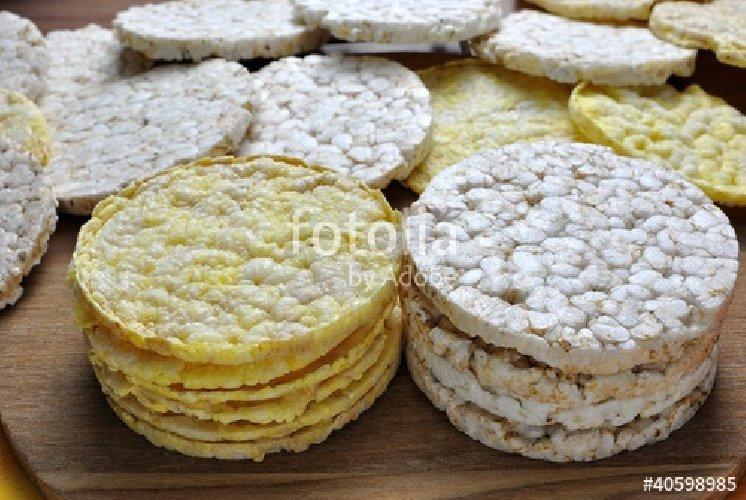 https://www.ragusanews.com//immagini_articoli/06-09-2018/gallette-mais-calorie-proprieta-500.jpg