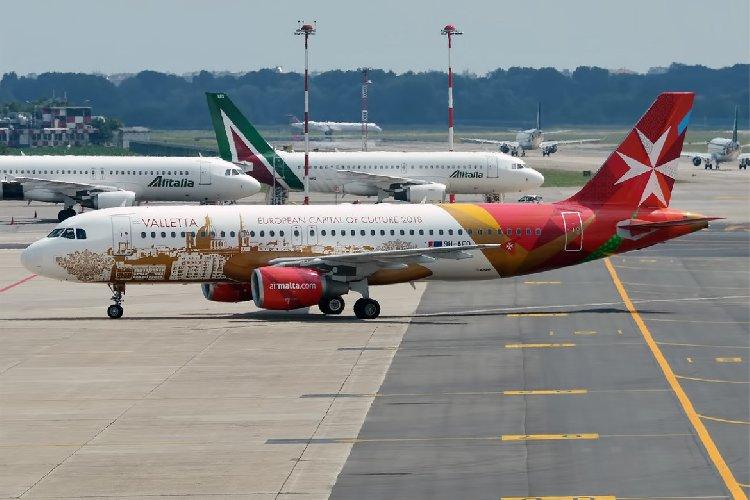 https://www.ragusanews.com//immagini_articoli/06-09-2018/problemi-tecnici-volo-malta-scalo-catania-500.jpg
