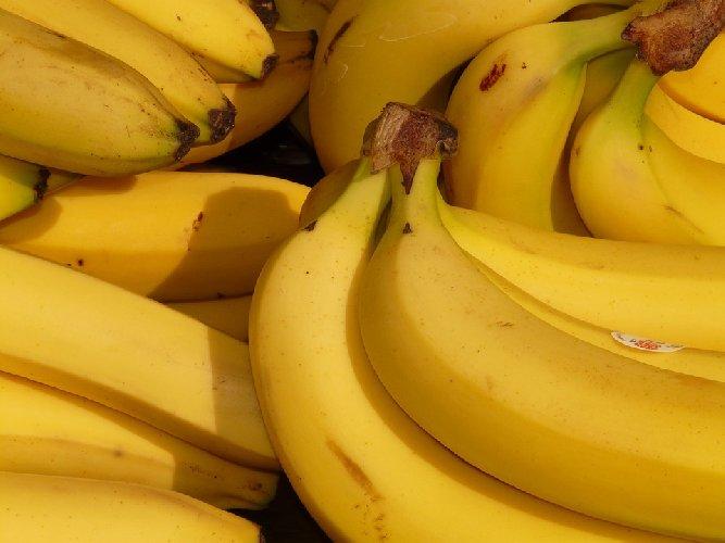 https://www.ragusanews.com//immagini_articoli/06-09-2019/dieta-banane-dimagrire-3-kg-in-5-giorni-500.jpg