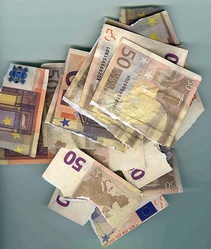 https://www.ragusanews.com//immagini_articoli/06-10-2011/modica-vincenzo-napolitano-accusato-di-bancarotta-fraudolenta-500.jpg