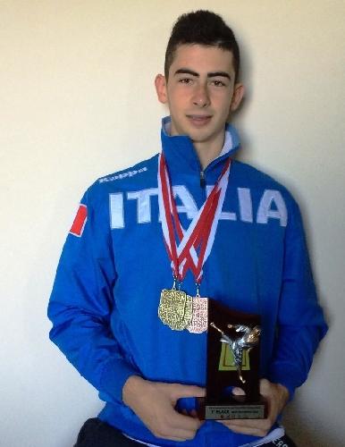 https://www.ragusanews.com//immagini_articoli/06-10-2014/panagia-conquista-2-medaglie-doro-e-una-di-bronzo-in-polonia-500.jpg