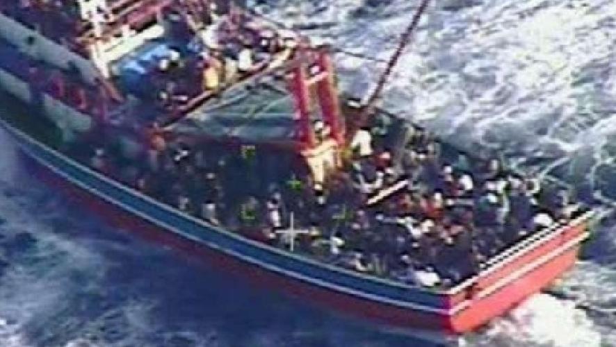 https://www.ragusanews.com//immagini_articoli/06-10-2014/pozzallo-780-migranti-in-48-ore-e-emergenza-500.jpg