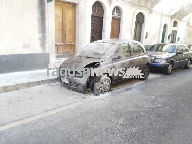 https://www.ragusanews.com//immagini_articoli/06-10-2018/sindaco-chiesto-allontanamento-scicli-tunisino-pazzo-500.jpg