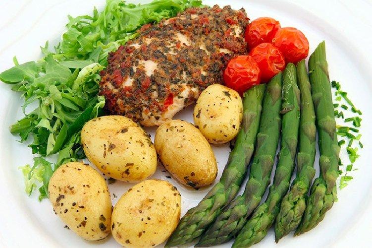 https://www.ragusanews.com//immagini_articoli/06-10-2020/la-dieta-vegetariana-dimagrante-500.jpg