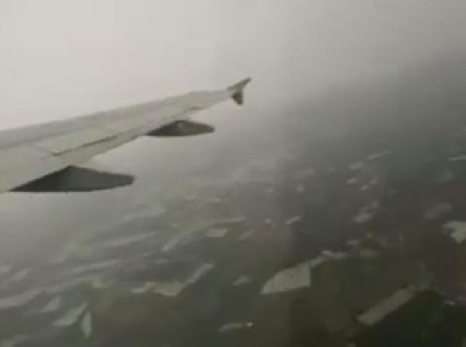 https://www.ragusanews.com//immagini_articoli/06-10-2021/decollo-in-time-lapse-da-comiso-nel-temporale-video-500.jpg