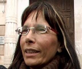http://www.ragusanews.com//immagini_articoli/06-11-2011/villa-abusiva-di-lombardo-a-ispica-vera-greco-interrogata-240.jpg