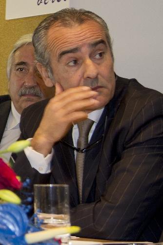 https://www.ragusanews.com//immagini_articoli/06-11-2017/orazio-ragusa-prende-2130-voti-scicli-500.jpg