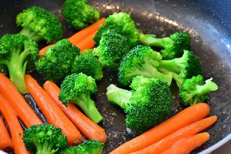 https://www.ragusanews.com//immagini_articoli/06-11-2019/a-dieta-con-le-carote-per-dimagrire-velocemente-500.jpg