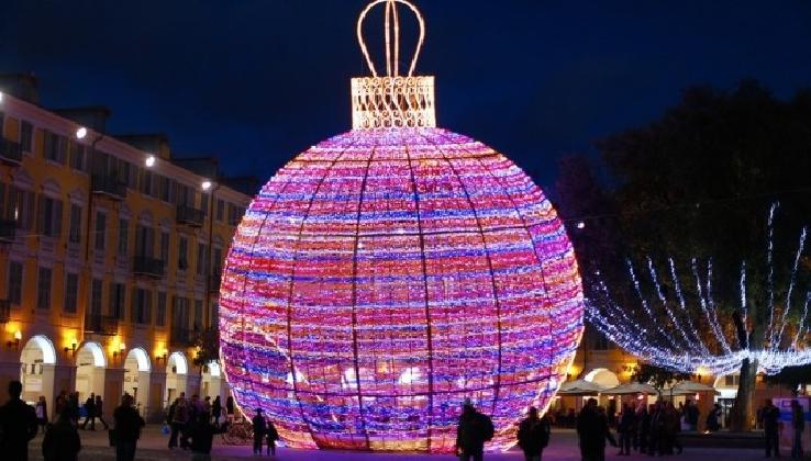 http://www.ragusanews.com//immagini_articoli/06-12-2016/vittoria-le-iniziative-natalizie-420.jpg