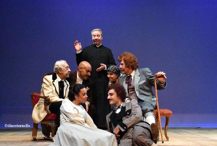 https://www.ragusanews.com//immagini_articoli/06-12-2018/apre-teatro-leonardo-sciascia-500.jpg