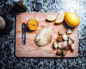 https://www.ragusanews.com//immagini_articoli/06-12-2019/dieta-facile-piano-alimentare-settimanale-di-1200-calorie-240.jpg