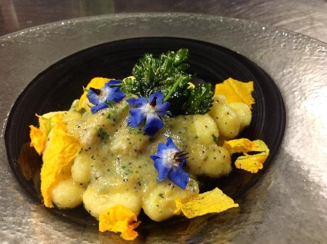http://www.ragusanews.com//immagini_articoli/07-01-2014/gnocchi-di-patate-con-polpa-di-cicale-500.jpg