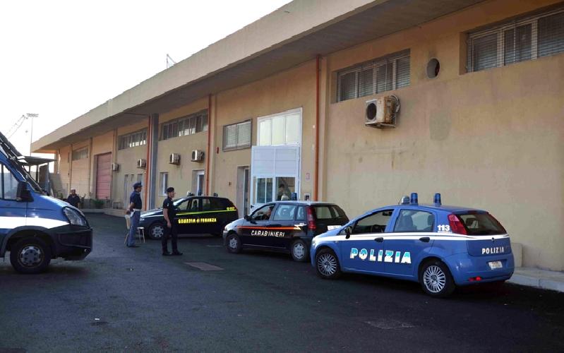 https://www.ragusanews.com//immagini_articoli/07-01-2015/prefettura-chiude-centro-migranti-pozzallo-500.jpg