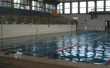 https://www.ragusanews.com//immagini_articoli/07-01-2020/sindaco-cassi-anche-il-nuoto-e-sport-240.jpg