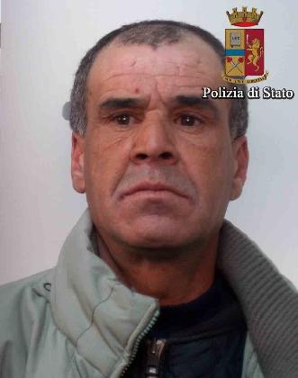 https://www.ragusanews.com//immagini_articoli/07-02-2017/vittoria-arrestato-spacciatore-algerino-420.jpg