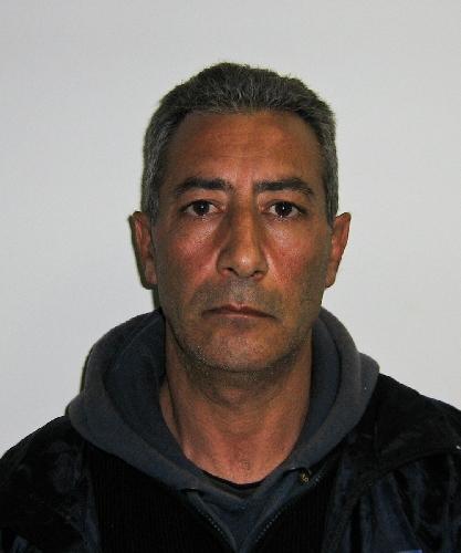 http://www.ragusanews.com//immagini_articoli/07-03-2014/arresto-di-un-uomo-per-furto-aggravato-e-rapina-a-marina-di-modica-500.jpg