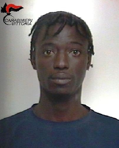 http://www.ragusanews.com//immagini_articoli/07-03-2016/chiaramonte-un-arresto-per-droga-500.jpg