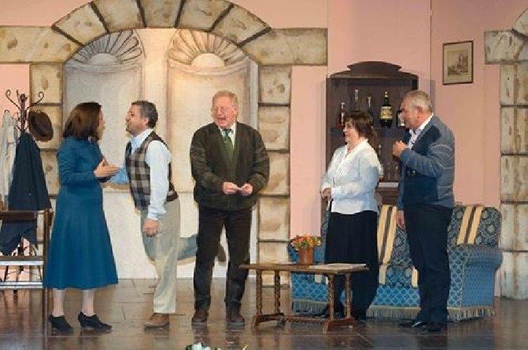 https://www.ragusanews.com//immagini_articoli/07-03-2018/concorso-poesia-premio-chiaramonte-cultura-amici-teatro-500.jpg