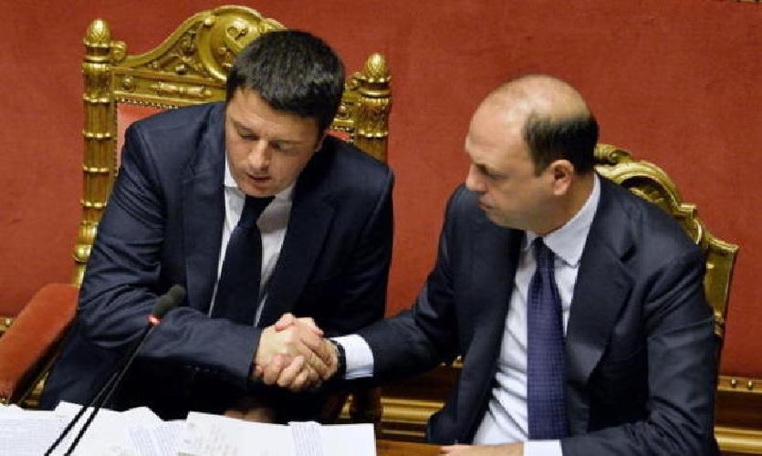 https://www.ragusanews.com//immagini_articoli/07-04-2015/mafia-alfano-e-renzi-hanno-sciolto-comune-di-bovalino-500.jpg