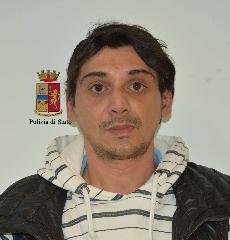 http://www.ragusanews.com//immagini_articoli/07-04-2017/droga-arrestati-spacciatori-240.jpg