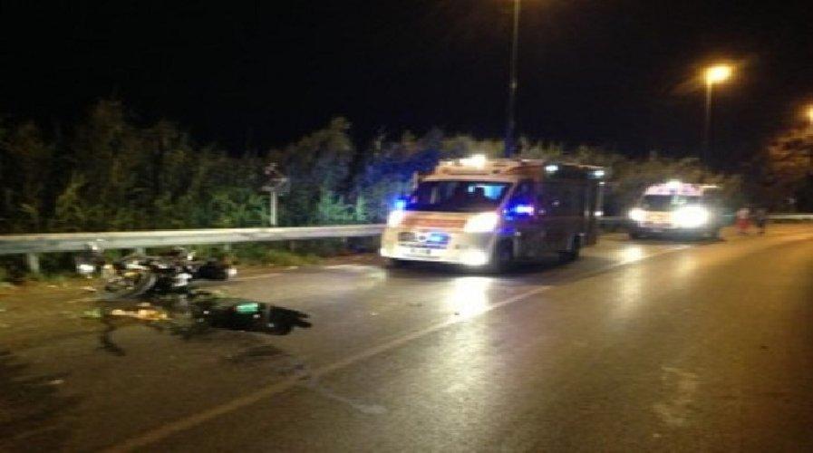 https://www.ragusanews.com//immagini_articoli/07-04-2018/incidente-pozzallo-marispica-grave-motociclista-500.jpg