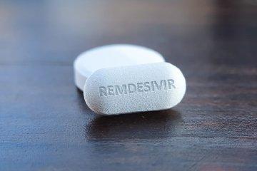 https://www.ragusanews.com//immagini_articoli/07-04-2020/farmaci-quattro-moschettieri-il-coronavirus-240.jpg