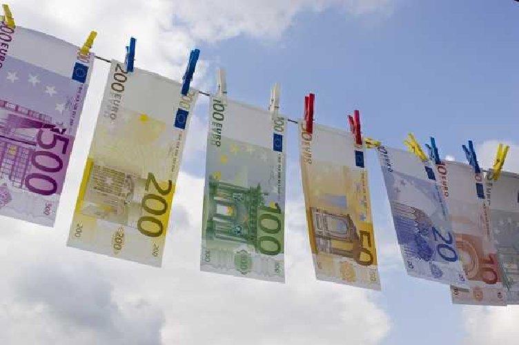 https://www.ragusanews.com//immagini_articoli/07-04-2020/ottenere-da-25-mila-euro-senza-istruttoria-a-oltre-800-mila-euro-500.jpg